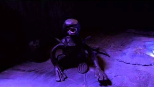 FAMALIEN - A stop-motion prequel for Alien -with english subtitle-